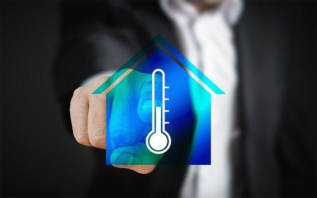 Systèmes de réfrigération et de compression de vapeur simple